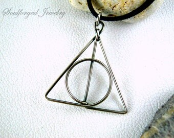 Deathly Hollows silver pendant - Elegant sterling silver wire pendant, handcrafted