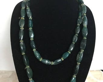 "SALE Gorgeous Vintage Long Green Moss Agate Necklace / 56"" Long Agate Necklace / Healing Stone / Southwestern Necklace"