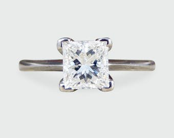 Princess Cut Diamond Solitaire in 18ct White Gold RG477