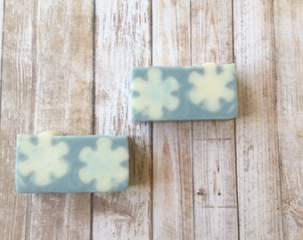 Snowflake Soap, Winter Soap, Winter Wonderland Soap, Gift Soap, Holiday Soap, Christmas Scent Soap