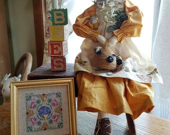 Sweet and runny – Bee-atrice primitive beekeeper doll