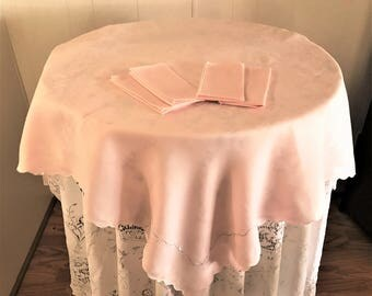 Charming Vintage Pink Tablecloth Luncheon Size And Four Napkins, Cottage Chic Pink  Linen Tablecloth/Table