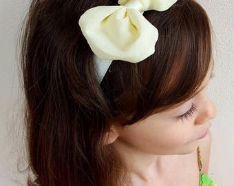 Ivory elastic bow headband one size fits perfect ceremony