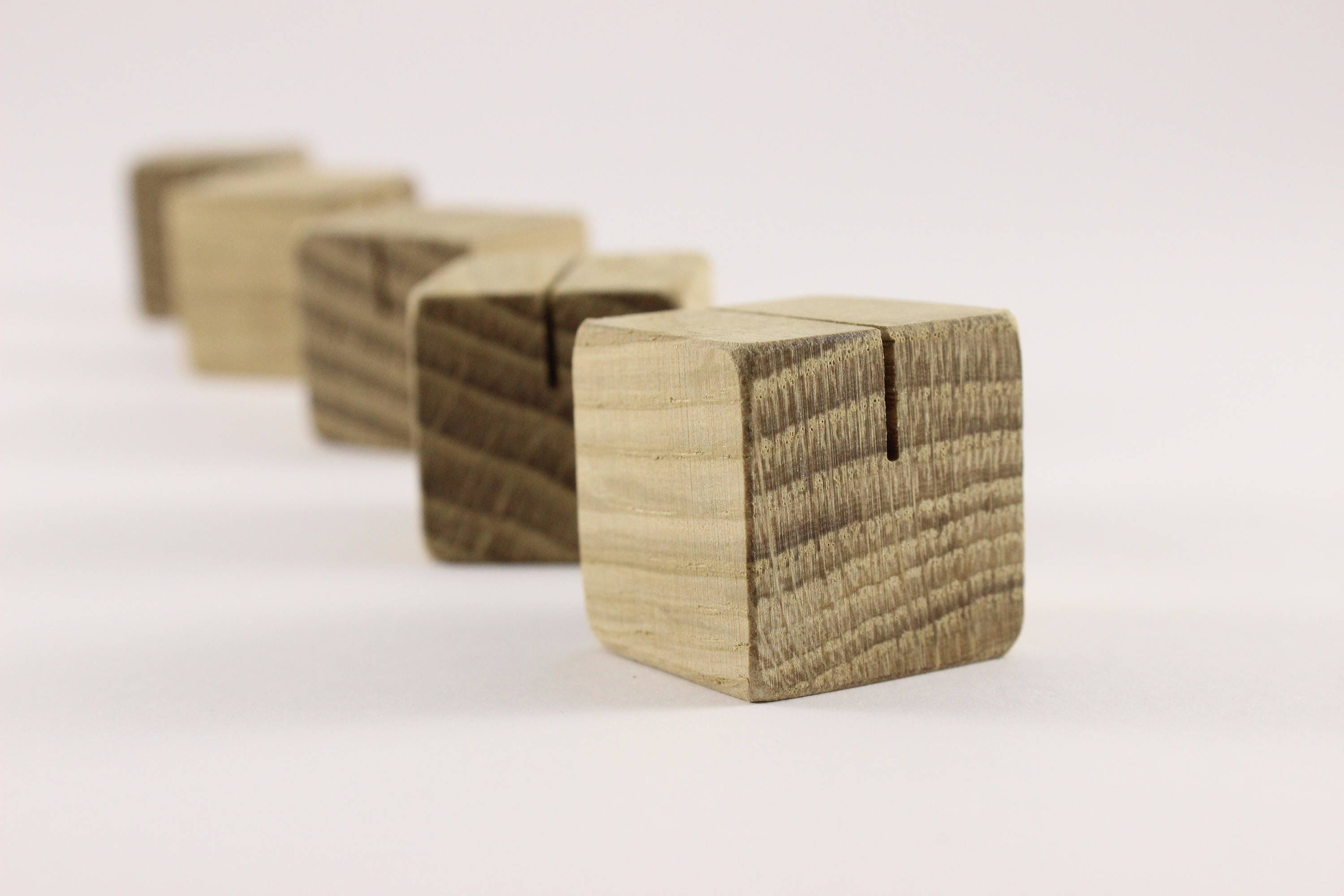 Set Of 100 Oak Wooden Card Holders | Oak Table Number Holders | Small Card  Holders
