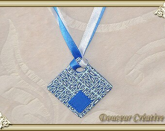 Necklace blue white black square pattern 103066