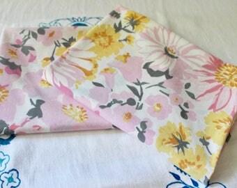 Vintage Mid Century Texmade Truprest Pink Retro Flower Power Pillow Cases