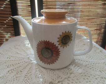 J and G Meakin Studio England Palma Design  - Teapot Tea Pot Sunflower Design