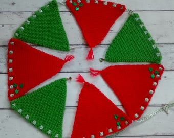 Christmas knitted bunting, festive knitted garland, fireplace/fireside bunting, knitted flags, Christmas decor, wall hanging, wall decor