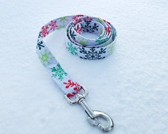 Colorful Snowflakes on White Dog Leash - Christmas/Holiday/Winter Collection