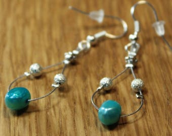 Earrings with freshwater pearls and silver metal bead A2