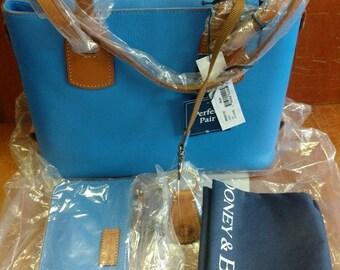 Dooney & Bourke New 3R0362 Ocean Saddle Pebbled Leather Tote Shoulder Bag