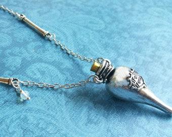 Harry Potter Jewelry / Harry Potter Necklace / Liquid Luck Necklace / Felix Felicis / Pop Culture Jewelry / Geek Jewelry / Moonstone