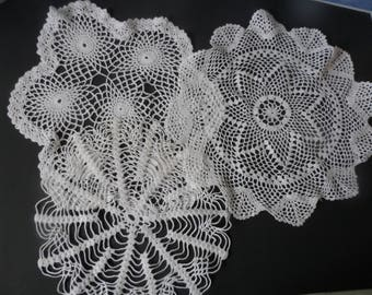 FREE SHIPPING USA Vintage Round  Crocheted White Cotton Doilies   81A