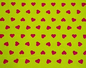Hearts Fuchsia / lime background