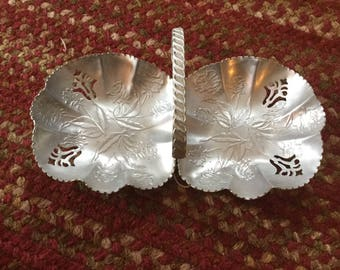 Double aluminum serving dish
