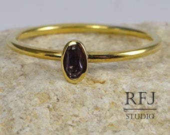 Gold Oval Synthetic Alexandrite Ring, June Birthstone 14K Yellow Solid Gold Ring, Stacking Minimalistic Gold Ring, Oval Cut Alexandrite Ring