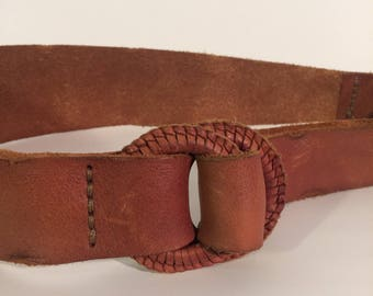70's vintage. genuine leather belt