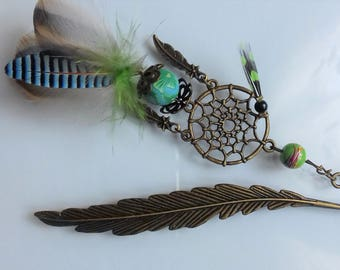 Book mark in green and turquoise feathers - birthday gift, Christmas, school - hair - peak bun - dream catcher-