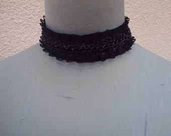 Lace Choker with glitter on satin ribbon with lessage back.
