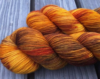 Golden Autumn - MAIA, 100% Merino superwash - 400m / 100 g – hand dyed yarn