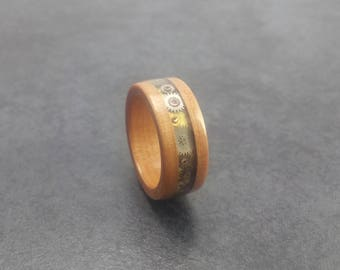 US 7 Bentwood Ring - Steampunk - Tasmanian Leatherwood - Handcrafted