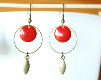 Red sequin, ring and bronze leaf earrings