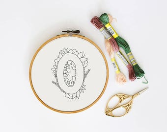 Letter O Embroidery Pattern, Floral Embroidery Pattern, PDF Embroidery Pattern, Initials Embroidery Pattern, Embroidery Design PDF Download