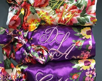 Silk Kimono robe, Personalized wedding robes, Monogrammed spa robe, bridal party robes, Satin robes for Women, bridal robes to get ready in