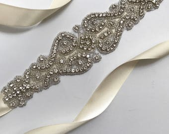 Bridal Belt, Bridal Sash, Wedding Belt, Wedding Sash Rhinestone and Pearl Sash