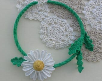 crochet necklace, choker, flower, daisy, romantic style, bridal necklace, statment necklace, handmade, gift for her, sustainable jewelry