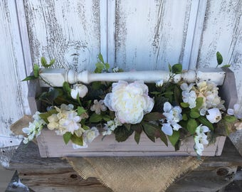 Primitive Wooden Box with a Vintage Spindle Handle, Spring Arrangement. Shabby Chic Arrangement, Summer Arrangement, FAAP, Wedding Decor