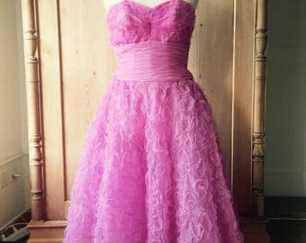 1950s pink prom dress with matching schawl