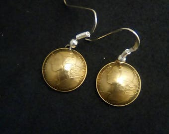 Earrings made of genuine pieces of 5 french cts.