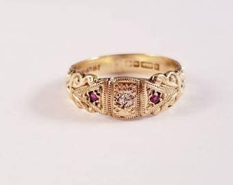 Vintage ruby and diamond detailed vintage band
