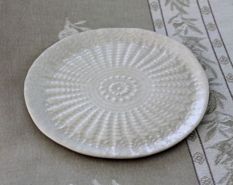 Ceramic Cake Plate / Textured Ceramics / Side Plate / Lace imprinted Plate