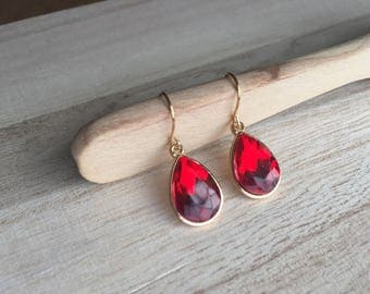 Ruby dark red Crystal / Gold Teardrop Earrings January  Crystal dangle  Earrings  birthstone  Earrings - Bridesmaid Gift Jewelry