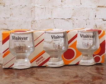 Vintage Boxed Vladivar Vodka Glasses