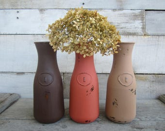 Rustic Farmhouse Chalk Painted Bottles / Decanters / Farmhouse Kitchen / Country Kitchen Decor / Rustic Vases / Hand Painted / Set of 3