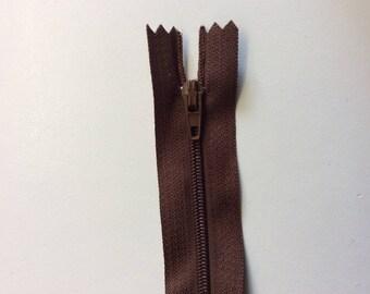 "Nylon couler zipper, 15cm (6""), brown"