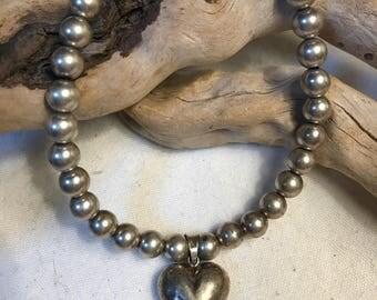 Vintage Sterling Silver bracelet w/puffed heart