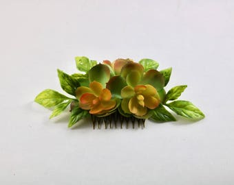 Wedding hair comb, bridal hair comb succuent hair accessory, succulent headband, succulent flower crown, hair comb, succulent flower comb