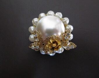 PEARL BROOCH, Faux Pearl Gold Filigree Rhinestone Brooch