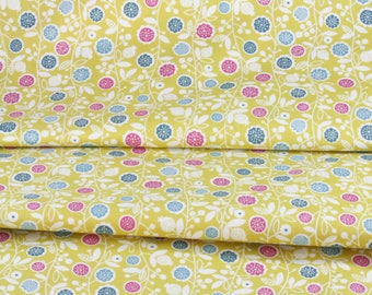 Coupon 50 x 108 cm fabric Japanese flowers on branch skip little green