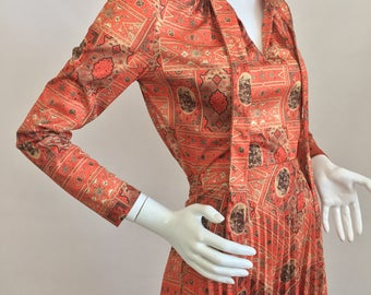 Vintage Top and Skirt Set with Orange, Brown, & Cream Colored Print Design and Pleated Skirt/Size 12