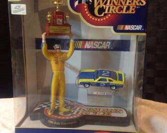 Nascar Winners Circle 1980 Dale Earnhardt Sr Figurine With Car Hasbro Miniatures