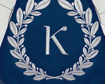 Machine Embroidery Design Circular laurel monogram blank