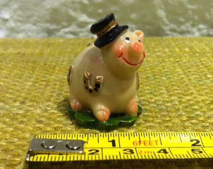Vintage Lucky pig dollhouse decoration, accessoires