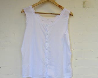 Gorgeous cropped white cotton vest top by St Michael  - size 16