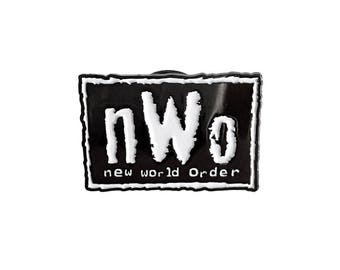 Vintage NWO wrestling lapel pin - WCW, Hulk Hogan, Kevin Nash, Scott Hall