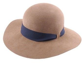 La Curieuse - Felt Camel Floppy Hat - Handmade - Crushable - Waterproof